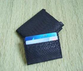 Men leather wallet. Black snakeskin wallet.